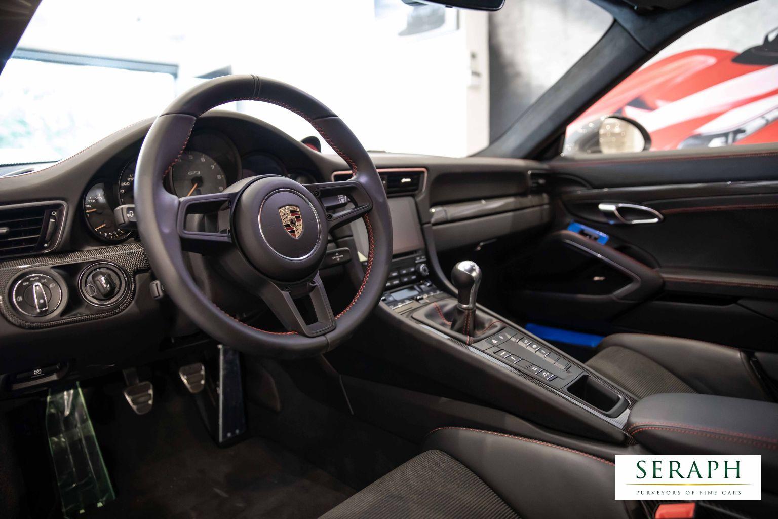 Porsche 911 4.0 991.2 GT3 Manual Touring