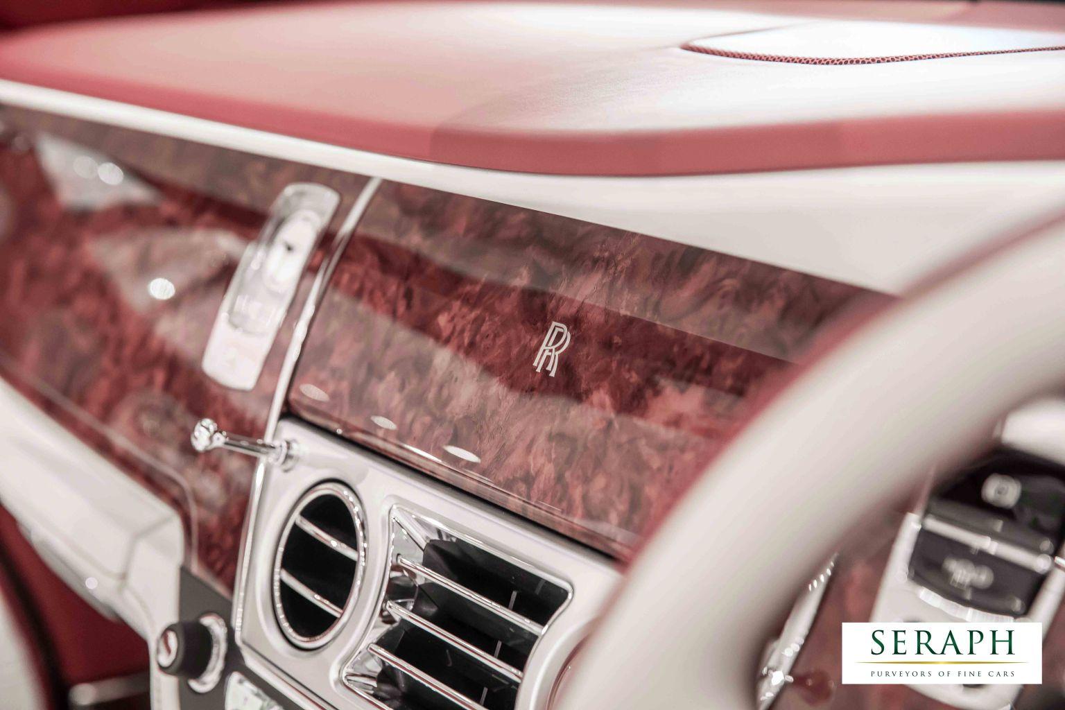 Rolls royce dawn fashion